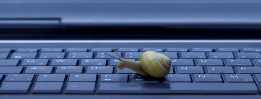 rsz slow computer symptoms 845x321 - مشکلاتی که باعث کند شدن سرعت سیستم کامپیوتر می شود